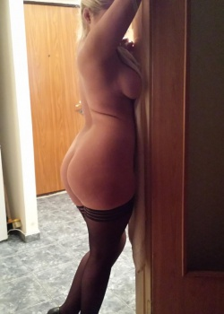 Hi, My name is Andrea,independent escort,I am 34 years old l